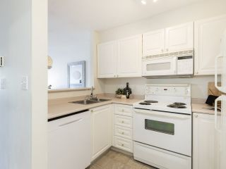 """Photo 13: 309 2388 TRIUMPH Street in Vancouver: Hastings Condo for sale in """"Royal Alexandra"""" (Vancouver East)  : MLS®# R2537216"""