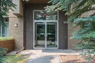 Main Photo: 3 215 Village Terrace SW in Calgary: Patterson Apartment for sale : MLS®# A1135150