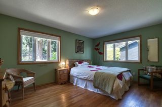 Photo 17: 1212 GOWER POINT Road in Gibsons: Gibsons & Area House for sale (Sunshine Coast)  : MLS®# R2605077