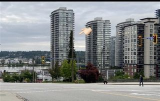 "Photo 1: 1608 888 CARNARVON Street in New Westminster: Downtown NW Condo for sale in ""MARINUS"" : MLS®# R2465548"