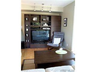 Photo 3: 204 1155 Yates St in VICTORIA: Vi Downtown Condo for sale (Victoria)  : MLS®# 605628