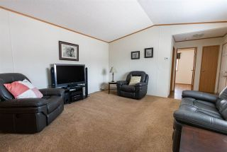 """Photo 10: 91 6100 O'GRADY Road in Prince George: St. Lawrence Heights Manufactured Home for sale in """"COLLEGE HEIGHTS TRAILER PARK"""" (PG City South (Zone 74))  : MLS®# R2453065"""