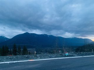 Photo 1: LOT 28 45878 WEEDEN Place: Land for sale in Chilliwack: MLS®# R2544428
