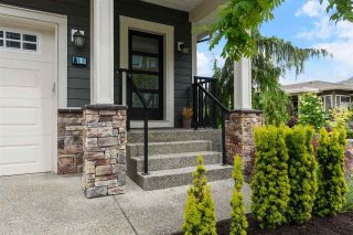 """Photo 2: 1 50634 LEDGESTONE Place in Chilliwack: Eastern Hillsides House for sale in """"The Cliffs"""" : MLS®# R2590826"""