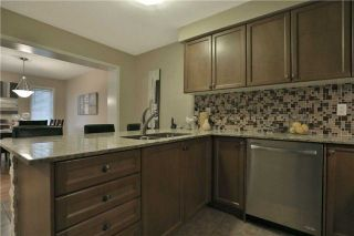 Photo 6: 663 Speyer Circle in Milton: Harrison House (3-Storey) for sale : MLS®# W4279667
