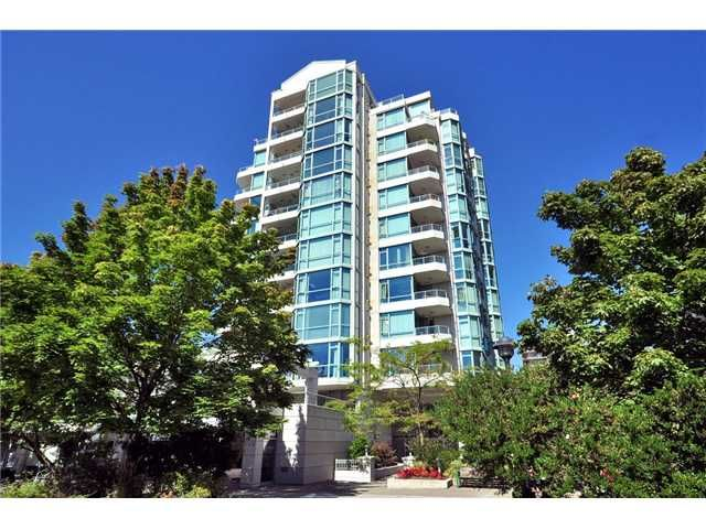 """Main Photo: # 605 140 E 14TH ST in North Vancouver: Central Lonsdale Condo for sale in """"SPRINGHILL PLACE"""" : MLS®# V861945"""