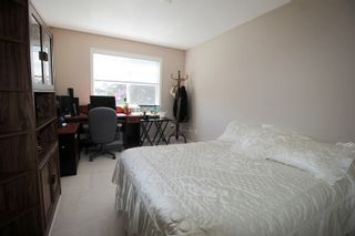 "Photo 12: 5 16995 64 Avenue in Surrey: Cloverdale BC Townhouse for sale in ""Lexington"" (Cloverdale)  : MLS®# R2159340"