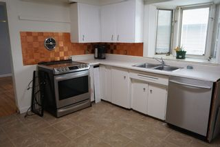 Photo 8: 9230 159 Street in Edmonton: Zone 22 House for sale : MLS®# E4248917