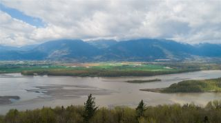 Photo 17: 43207 SALMONBERRY Drive in Chilliwack: Chilliwack Mountain House for sale : MLS®# R2529009