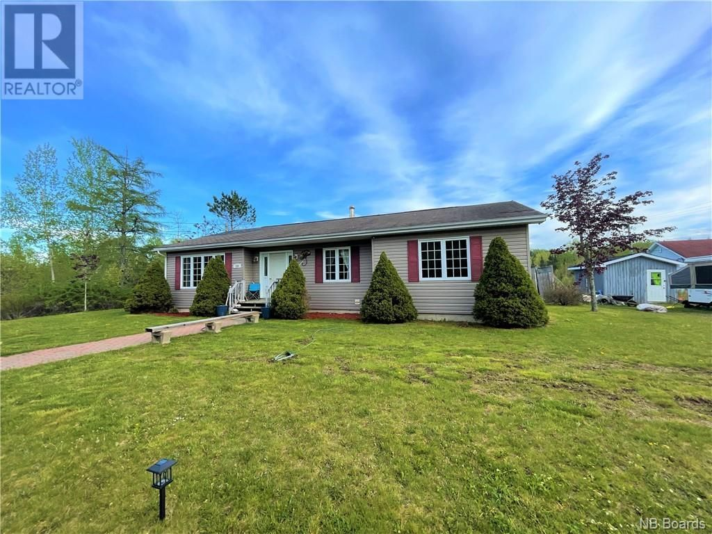 Main Photo: 128 Main Street in St. George: House for sale : MLS®# NB058157