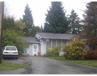 """Photo 3: 2143 DAWES HILL RD in Coquitlam: Cape Horn House for sale in """"CAPE HORN"""" : MLS®# V561959"""