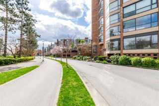 """Photo 36: 704 1450 PENNYFARTHING Drive in Vancouver: False Creek Condo for sale in """"HARBOUR COVE"""" (Vancouver West)  : MLS®# R2594220"""