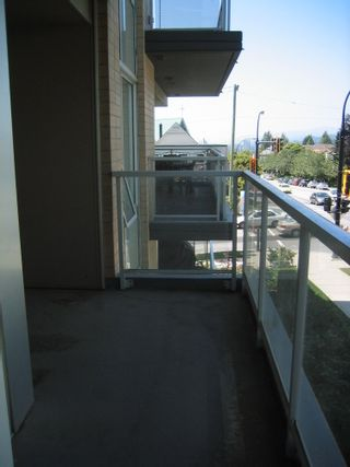 Photo 7: 202 1288 CHESTERFIELD Ave in North Vancouver: Home for sale : MLS®# V954626