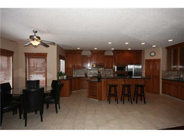Photo 6: Photos: 51 WESTON Rise SW in CALGARY: West Springs Residential Detached Single Family for sale (Calgary)  : MLS®# C3544531