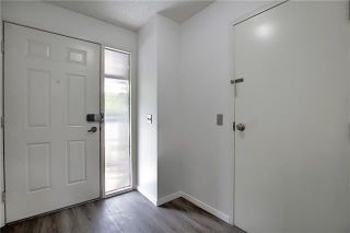 Photo 20: 24 GLAMIS Gardens SW in Calgary: Glamorgan Row/Townhouse for sale : MLS®# A1077235