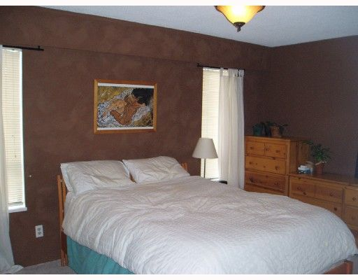 Photo 7: Photos: 5009 SHERBROOKE Street in Vancouver: Knight House for sale (Vancouver East)  : MLS®# V700463