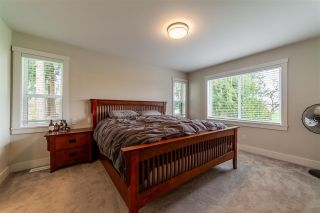 """Photo 13: 27577 84 Avenue in Langley: County Line Glen Valley House for sale in """"Glen Valley"""" : MLS®# R2575837"""