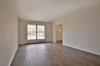 Photo 4: 2200 Haygate Crescent in Mississauga: Sheridan House (Backsplit 4) for sale : MLS®# W4075137