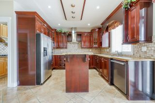 """Photo 8: 6635 128 Street in Surrey: West Newton House for sale in """"West Newton"""" : MLS®# R2614351"""