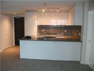 Photo 4: 2209 6658 DOW Avenue in Burnaby: Central Park BS Condo for sale (Burnaby South)  : MLS®# V1092370