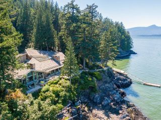 """Photo 29: 370 374 SMUGGLERS COVE Road: Bowen Island House for sale in """"Hood Point"""" : MLS®# R2518143"""