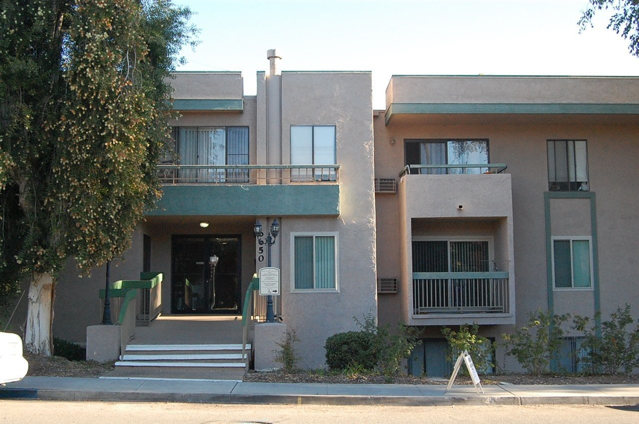Main Photo: EAST SAN DIEGO Condo for sale : 1 bedrooms : 6650 Amherst St #4C in San Diego