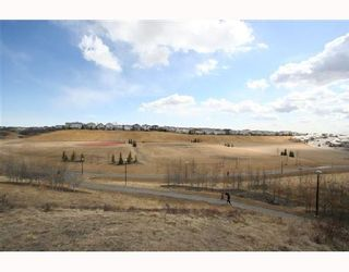 Photo 10: 78 ARBOUR BUTTE Road NW in CALGARY: Arbour Lake Residential Detached Single Family for sale (Calgary)  : MLS®# C3320004