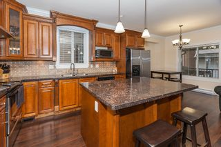 Photo 5: 14152 62B AV in : Sullivan Station House for sale : MLS®# F1401025