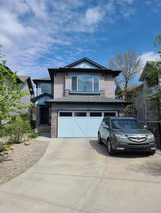 Main Photo: 274 valleyview Court SE in Calgary: Dover Detached for sale : MLS®# A1111090