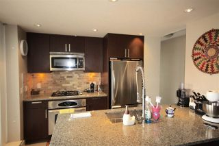 "Photo 11: 1103 2978 GLEN Drive in Coquitlam: North Coquitlam Condo for sale in ""Grand Central"" : MLS®# R2062885"