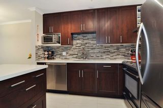 Photo 3: 113 2558 PARKVIEW Lane in Port Coquitlam: Central Pt Coquitlam Condo for sale : MLS®# R2212920