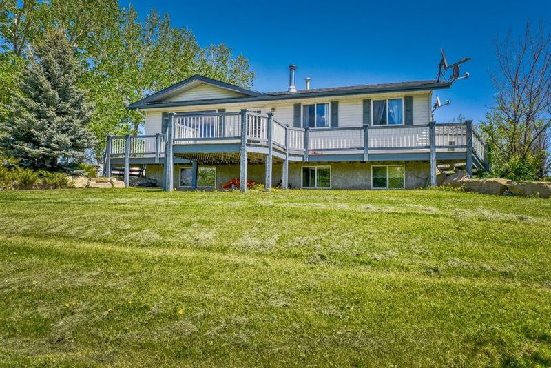 FEATURED LISTING: 3454 Twp Rd 290 A Township Rural Mountain View County