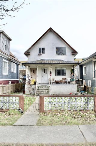 Photo 3: 3460 WELWYN Street in Vancouver: Victoria VE House for sale (Vancouver East)  : MLS®# R2543373