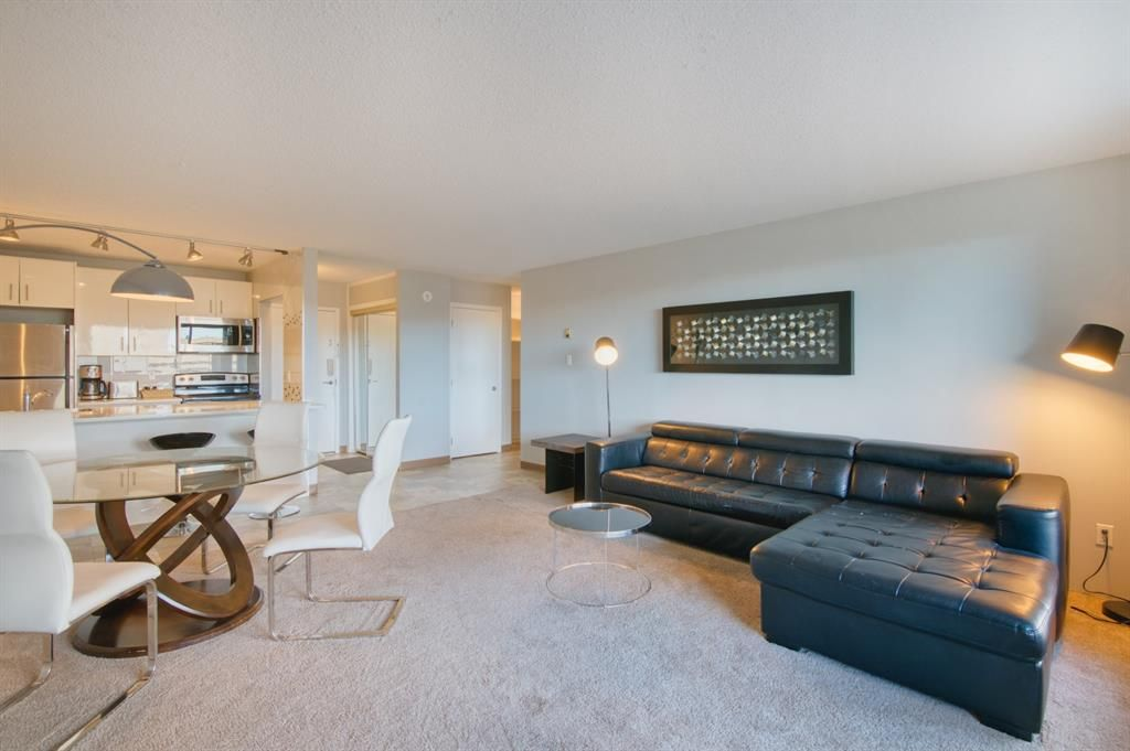 Main Photo: 1006 221 6 Avenue SE in Calgary: Downtown Commercial Core Apartment for sale : MLS®# A1148715