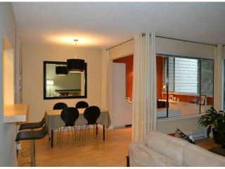 """Photo 7: 202 1410 BLACKWOOD Street: White Rock Condo for sale in """"CHELSEA HOUSE"""" (South Surrey White Rock)  : MLS®# F1228076"""