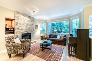 Photo 2: 28 103 PARKSIDE DRIVE in Port Moody: Heritage Mountain Townhouse for sale : MLS®# R2502975