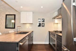 """Photo 15: 206 1618 QUEBEC Street in Vancouver: Mount Pleasant VE Condo for sale in """"CENTRAL"""" (Vancouver East)  : MLS®# R2262451"""