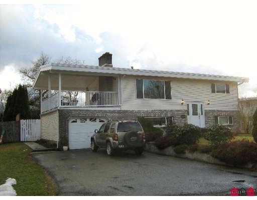 Main Photo: 46604 Montana Dr in Chilliwack: Home for sale : MLS®# H2900513