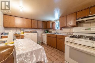 Photo 21: 983 BRUCE AVENUE in Windsor: House for sale : MLS®# 21017482