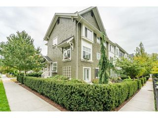 """Photo 3: 5 288 171 Street in Surrey: Pacific Douglas Townhouse for sale in """"Summerfield"""" (South Surrey White Rock)  : MLS®# R2508746"""