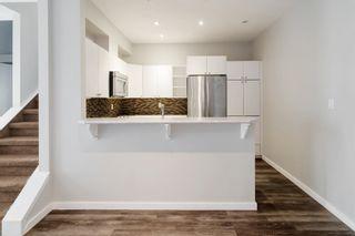 Photo 10: 105 10728 82 Avenue NW in Edmonton: Zone 15 Condo for sale : MLS®# E4260637