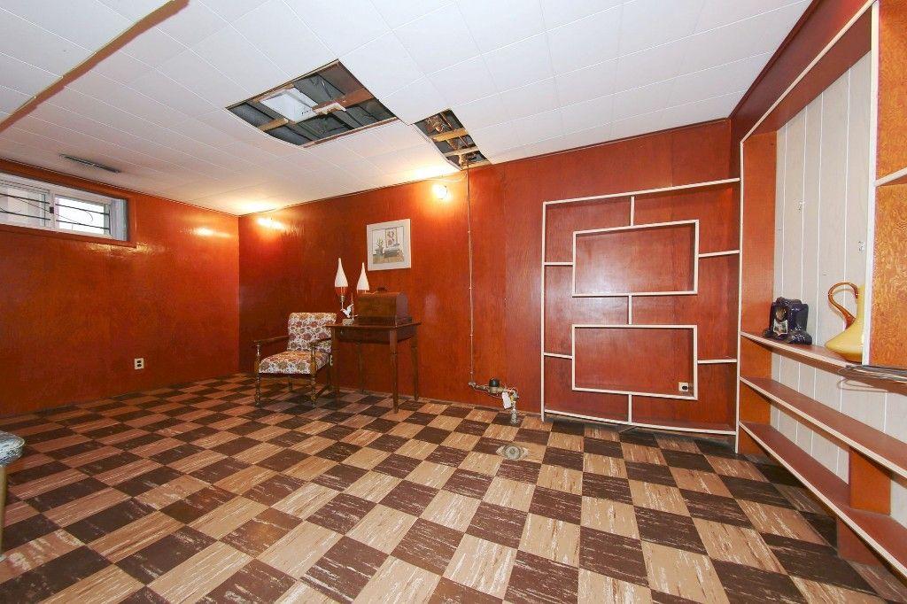Photo 17: Photos: 899 Clifton Street in Winnipeg: West End Single Family Detached for sale (West Winnipeg)  : MLS®# 1529435