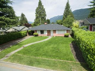 Photo 14: 918 WENTWORTH Avenue in North Vancouver: Forest Hills NV House for sale : MLS®# R2624148