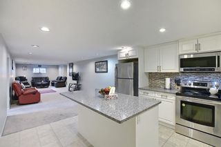 Photo 18: 6 Varslea Place NW in Calgary: Varsity Detached for sale : MLS®# A1149827