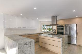 Photo 13: 15114 BUENA VISTA AVENUE: White Rock House for sale (South Surrey White Rock)  : MLS®# R2527396