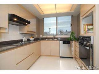 Photo 7: 400 630 Montreal St in VICTORIA: Vi James Bay Condo for sale (Victoria)  : MLS®# 522102