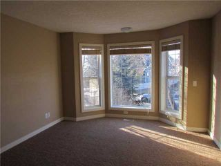 Photo 16: 1046 RUNDLE Crescent NE in CALGARY: Renfrew Regal Terrace Residential Attached for sale (Calgary)  : MLS®# C3506695