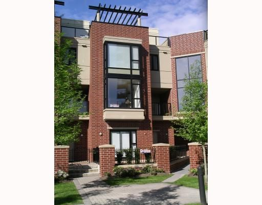 FEATURED LISTING: 2 - 11 ROYAL Avenue East New_Westminster