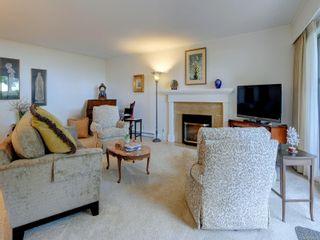 Photo 5: 110 1370 Beach Dr in : OB South Oak Bay Condo for sale (Oak Bay)  : MLS®# 885409