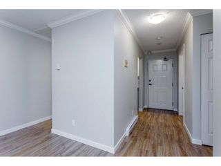 """Photo 6: 109 32910 AMICUS Place in Abbotsford: Central Abbotsford Condo for sale in """"Royal Oaks"""" : MLS®# R2256769"""